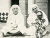 1937- con sorella Anne a Bogari