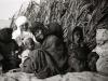 1940- Tuggurt, Magdeleine con i bambini nomadi