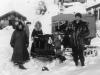 1954- Alaska, con padre Voillaume