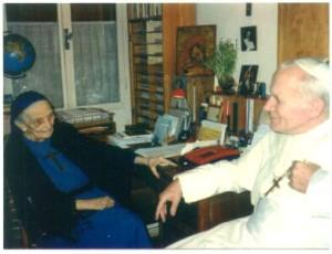 con Giovanni Paolo II a Tre Fontane