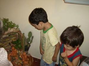 bambini al presepe