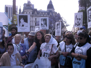 parenti dei desaparicidos