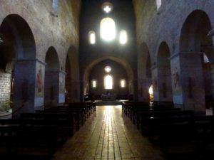 interno-abazia-tre-fontane